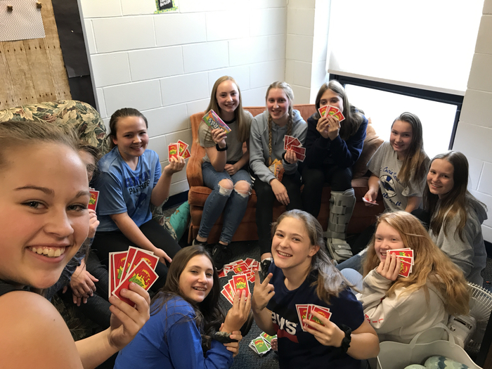 8th graders playing Apples to Apples