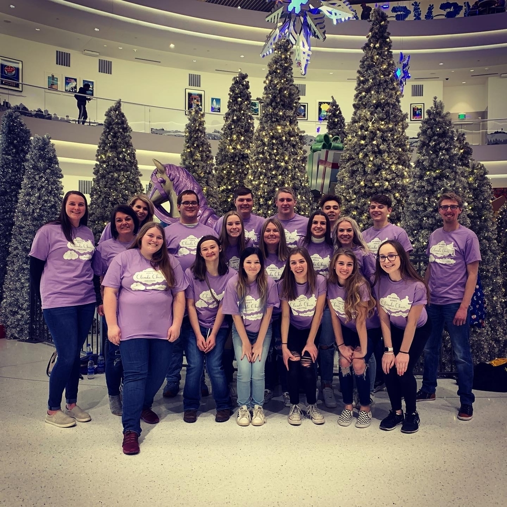 Contemporary Literature students attended Clouds Choir Dec 13 at the Mall of America and got to be featured on stage!